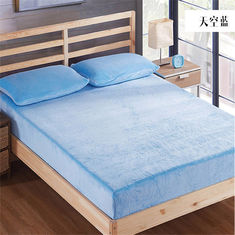 China Safe Rest Memory Foam Mattress Protector 100 Cotton Flannel Material Full Size Purple Color supplier
